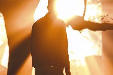 voir la lumière au bout du tunnel être positif deuil résilience